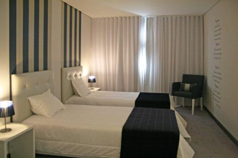 Quarto Familiar, Costa de Prata Hotel & SPA *** – Figueira da Foz